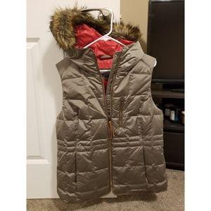 New Eddie Bauer Down Vest with Fur Hood